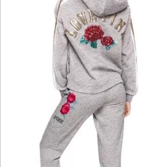Beautiful You Jeans Roblox How To Look Like A Hacker In Roblox